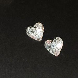 Jewelry - Unique heart-shaped earrings